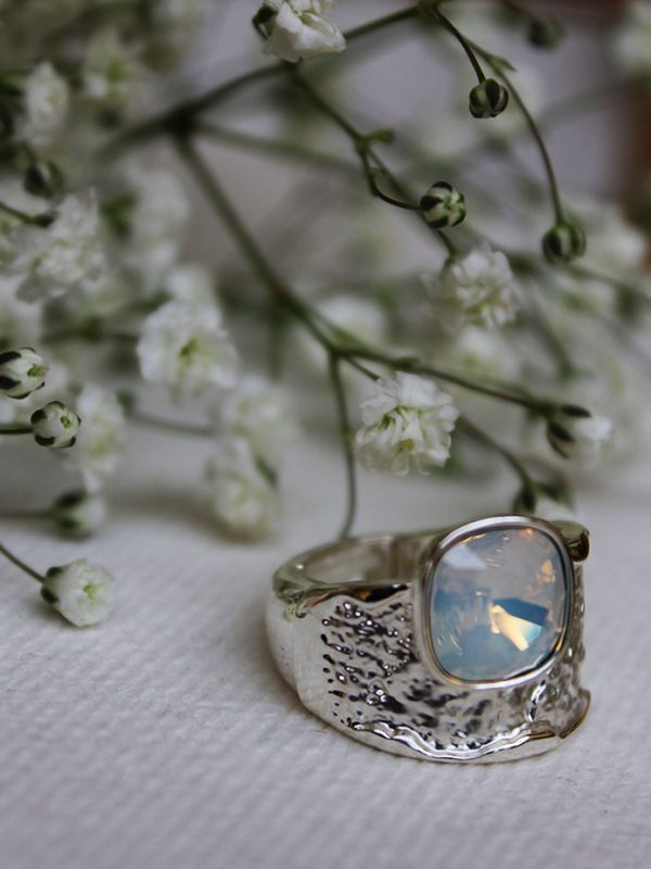 Bague anneau martelé Swaroski