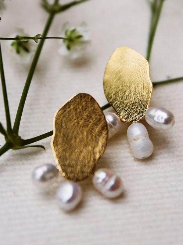 Puces doré et perles d'eau douce