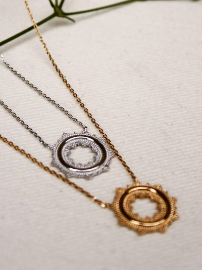 Collier cercle finition balinaise
