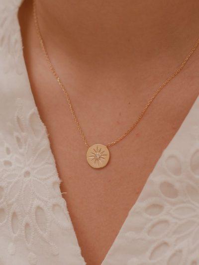 Collier Eclat avec étoile / Bijoux en plaqué or 18 carats pour femme