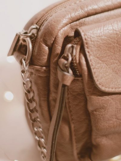 sac-maroquinerie-camel-beige-bandouliere-mode