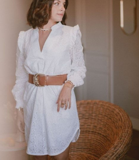 Robe broderie anglaise blanche col mao