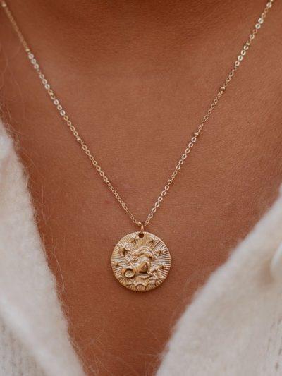 collier signe astrologique capricorne